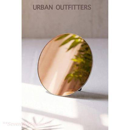 Urban Outfitters 鏡 【送料込】Urban Outfitters 丸型卓上ミラー