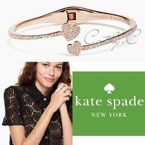 kate spade*新作ブレス*ハートyours truly pave open hinge cuff