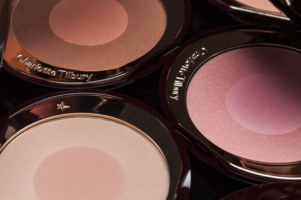 Charlotte Tilbury チーク CHARLOTTE TILBURY Cheek To Chic Swish & Pop Blusher チーク
