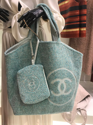 CHANEL トートバッグ 2018SS最新作★CHANEL★towel tote with detachable pouch 各色(3)