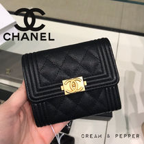☆BOY CHANEL☆ 折り財布【関税込み】SMALL WALLET ミニバッグに
