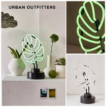 2018新作 UO☆Monstera Leaf Neon Sign Table Lamp☆ 税送込