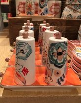 ☆Anthropologie☆可愛い絵柄☆Eres Salt &Pepper Shakers☆