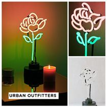 新作 Urban Outfitters☆Rose Neon Sign Table Lamp☆税送込