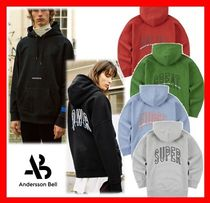 ANDERSSON BELL(アンダースンベル) パーカー・フーディ 人気【Andersson Bell】UNISEX ARCH SLOGAN A.PATCH HOODIE★5色