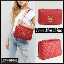 【Love Moschino】Quilted Shoulder Bag フロント ロゴ レッド♪