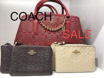 ◆即発◆COACH●SIGNATURE DEBOSSED PATTERN WRISTLET