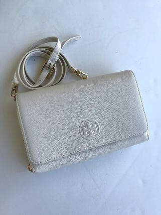 Tory Burch ショルダーバッグ・ポシェット 新作SALE TORY BURCH★BOMBE FLAT WALLET CROSSBODY 46177(7)