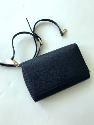 Tory Burch ショルダーバッグ・ポシェット 新作SALE TORY BURCH★BOMBE FLAT WALLET CROSSBODY 46177(10)