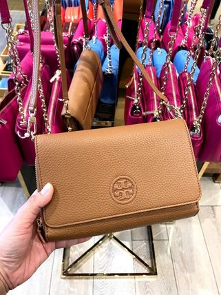 Tory Burch ショルダーバッグ・ポシェット 新作SALE TORY BURCH★BOMBE FLAT WALLET CROSSBODY 46177(14)