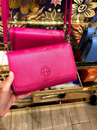 Tory Burch ショルダーバッグ・ポシェット 新作SALE TORY BURCH★BOMBE FLAT WALLET CROSSBODY 46177(18)