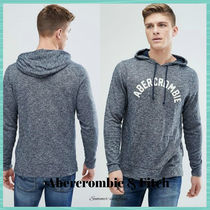 ★Abercrombie & Fitch★フード付き ロゴパーカー