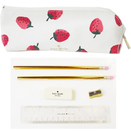 kate spade new york ペンケース 即納Kate spadeNY strawberries pencil case鉛筆,消しゴム定規付