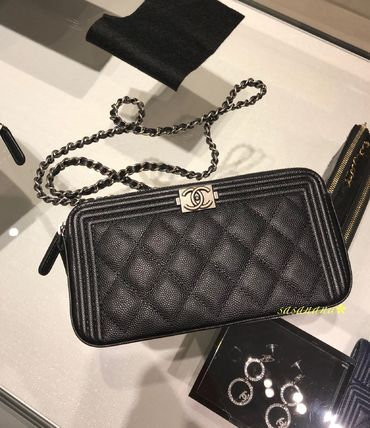 on sale d7ecf fdaa6 CHAIN CLUTCH チェーンポシェット シャネル 国内発送 2018SS