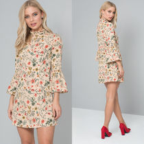 Chi Chi London FLORAL DETAIL MINI DRESS ヌード