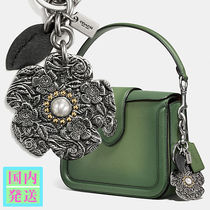 COACH 国内発送 フローラルバッグチャーム シルバー 上品 華やか