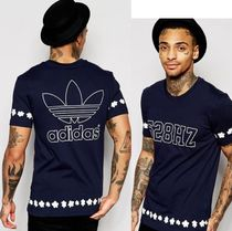 セール ADIDAS Men's Originals☆Pharrell Daisy T-Shirt AO2981