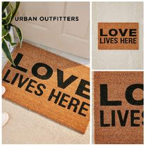 春☆新作☆Urban Outfitters☆Love Lives Here Doormat☆税送込