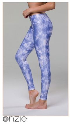 373690ea41a97 Onzie Hot Yoga Legging 209 Static Damenmode Fitnessmode