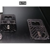入手困難アイテム KITH Army Tool Money Clip Wallet