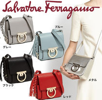 【送料&関税込】Salvatore Ferragamo* Simple* CUTE* ショルダー