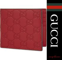 【国内発送】GUCCI 財布 Leather embossed billfold