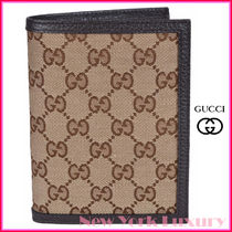 GUCCI★グッチ★素敵!Beige Canvas Passport Holder Wallet