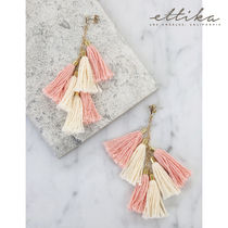 Daydreamer Tassel Earrings in Peach and Gold ピンク ピアス