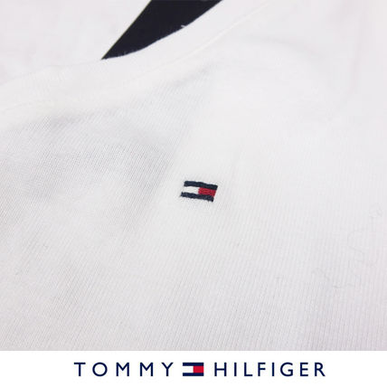 Tommy Hilfiger Tシャツ・カットソー 国内在庫【1-3日】Tommy Hilfiger トミー ロゴ Vネック Tシャツ(4)