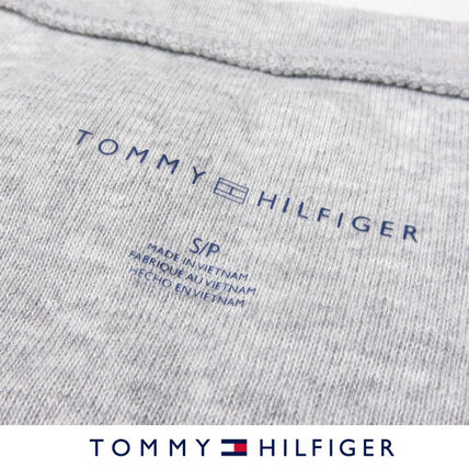 Tommy Hilfiger Tシャツ・カットソー 国内在庫【1-3日】Tommy Hilfiger トミー ロゴ Vネック Tシャツ(8)