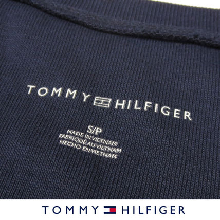 Tommy Hilfiger Tシャツ・カットソー 国内在庫【1-3日】Tommy Hilfiger トミー ロゴ Vネック Tシャツ(14)