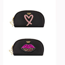 【 送料関税 込み】Love Patch On-The-Go Beauty Bag