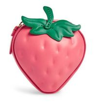picnic perfect 3D strawberry coin purse