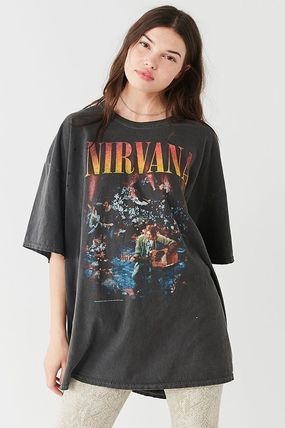 Urban Outfitters Tシャツ・カットソー ● Urban Outfitters ●人気 Nirvana バンド Tシャツ 黒(2)