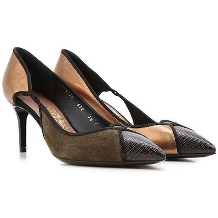 Suede & Leather Pumps パンプス