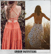 【Urban Outfitters】リゾートに最適! 花柄バッククロス ワンピ