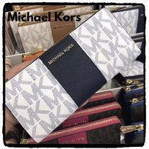 ★SALE 即発送★Michael Kors CENTER STRIPE L字型 長財布 新作
