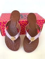 TORY BURCH★Thora Metallic Leather Reversel Logo Sandals