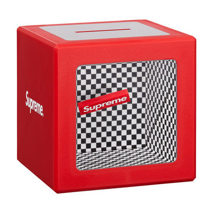 18S/S Supreme Illusion coin Bank 貯金箱