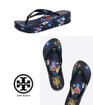 Tory Burch Tory Navy PANSY BOUQUET Wedge Flip flopサイズ7