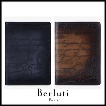 追跡ありで安心☆Berluti Cedrat Leather Passport Holder