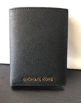 Michael Kors/  Leather Passport Wallet☆パスポートケース