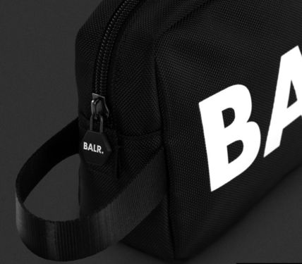 BALR クラッチバッグ 【関税送料込】 BALR U-SERIES TOILETRY KIT コンパクト バッグ(5)