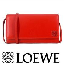 LOEWE Wallet Shoulder Bag in Red Lambskin 関税送料込