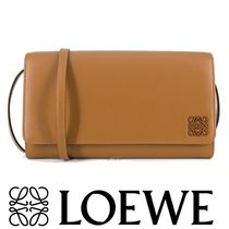 LOEWE Wallet Shoulder Bag in Tan Lambskin 関税送料込