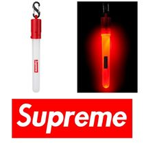 【国内即発】Supreme Night Lite Keychain
