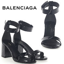 【滝沢眞規子さん愛用】★BALENCIAGA★LOGO LEATHER SANDALS