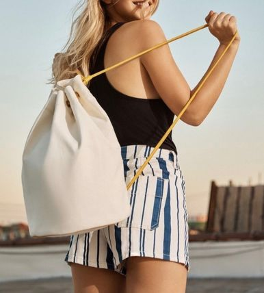 Urban Outfitters Canvas Drawstring バッグパック リュック