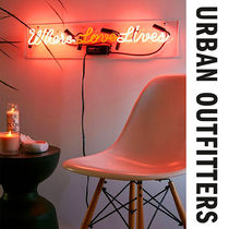 今話題☆Urban Outfitters☆Where Love Lives ネオンサイン
