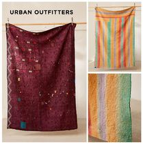 新作☆UrbanOutfitters☆One-Of-A-Kind Kantha Quilt☆税送込